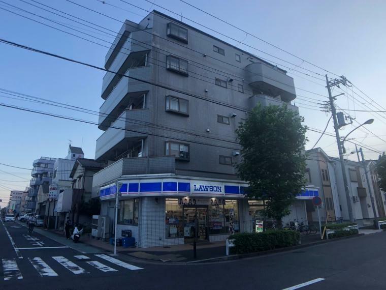 コンビニ ローソン 竹の塚四丁目店