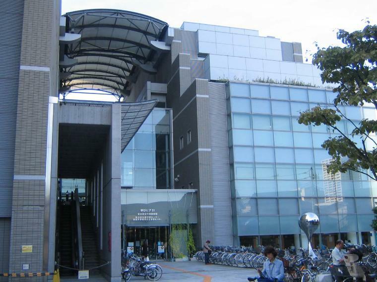 図書館 足立区立中央図書館