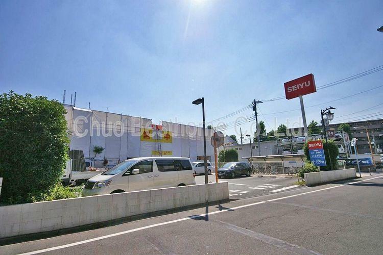 スーパー 西友高井戸東店 徒歩2分。