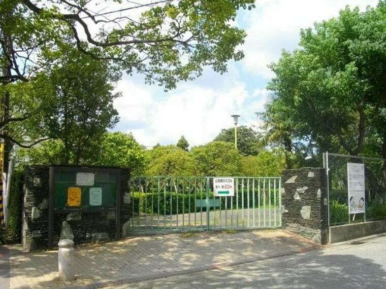 公園 【公園】甲東梅林まで415m
