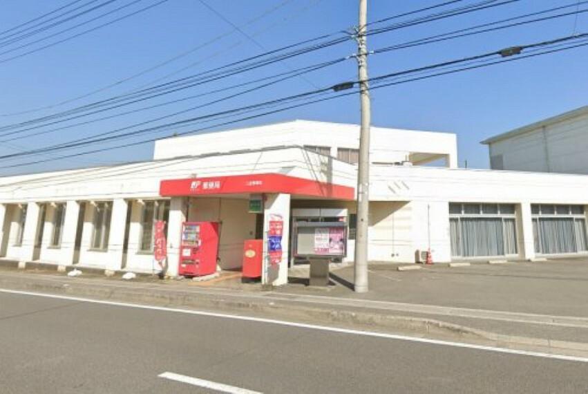 郵便局 【郵便局】三里郵便局まで155m