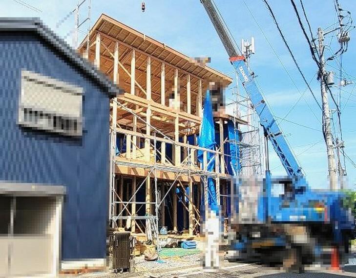 現況外観写真 2021.9月:棟上げ