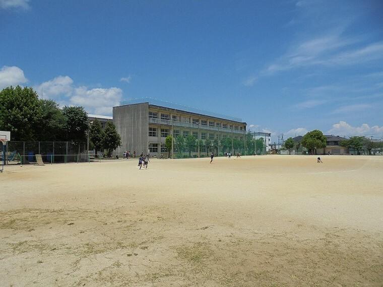 小学校 【小学校】朝倉第二小学校まで1564m