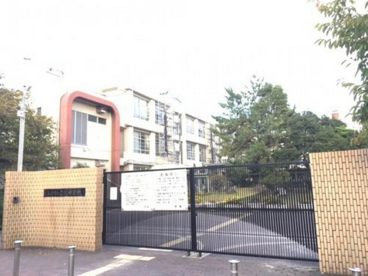 中学校 【中学校】尼崎市立立花中学校まで372m