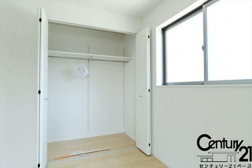 同仕様写真(内観) ■全居室に収納スペース完備です!■
