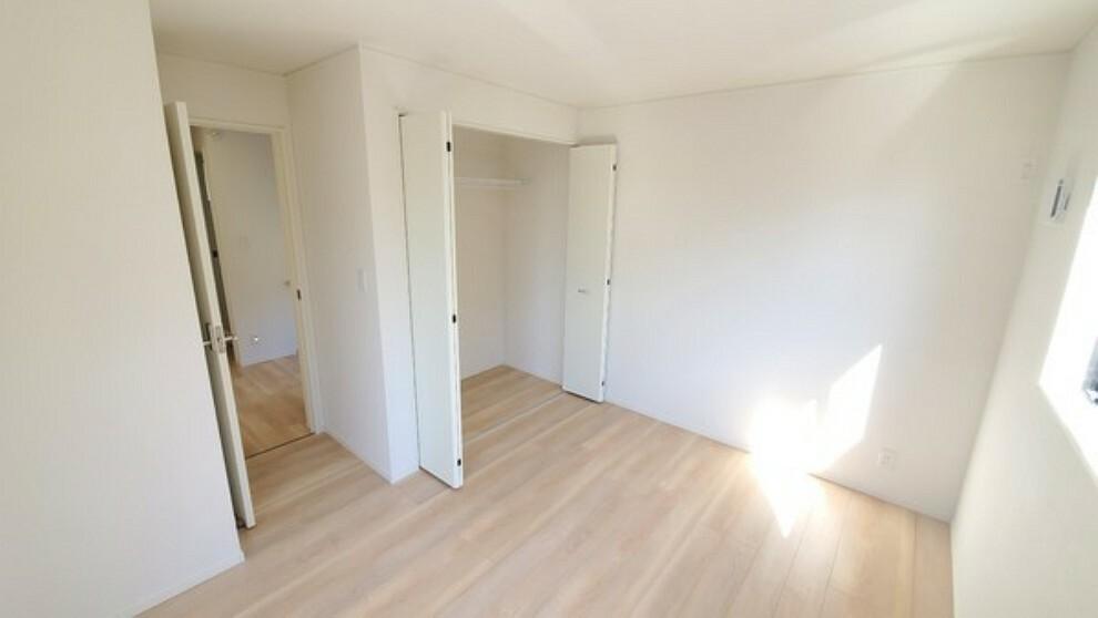 洋室 広い洋室になります!