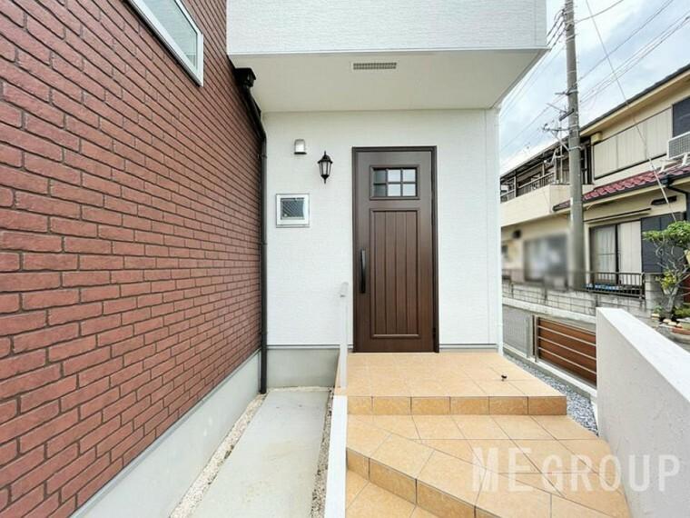 玄関 ~entrance~いつも気持ち良くご家族を迎えられる玄関