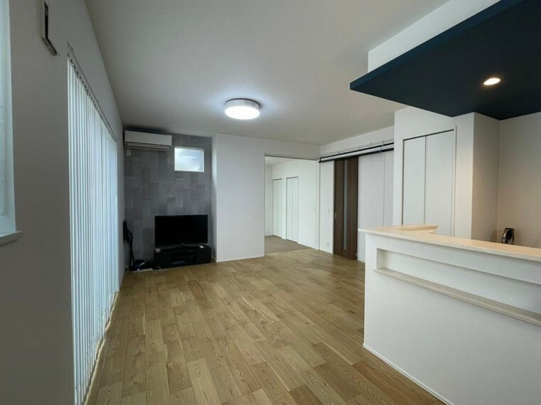 居間・リビング ~living room~  オープンでのびやかな空間を生み出す、こだわりの「広がり」と「ゆとり」