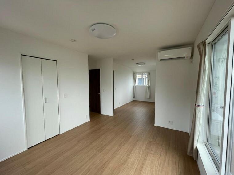 洋室 ~bedroom~家族の一体感を感じられる広々スペース