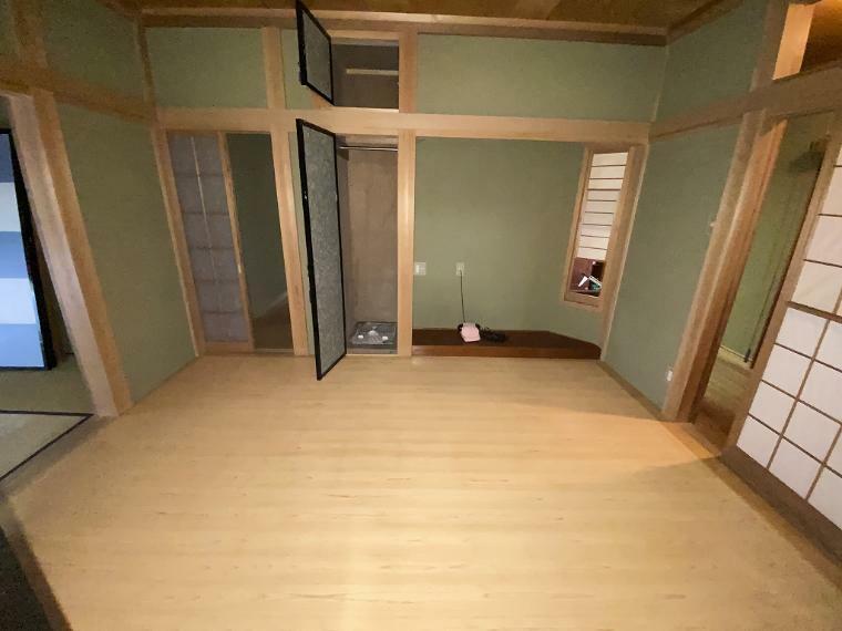洋室 8帖和室続き間の6帖洋室
