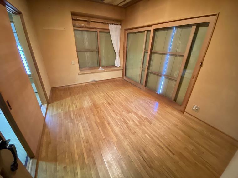 洋室 東南側6帖洋室