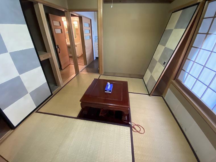 和室 6帖洋室続き間の4畳半和室