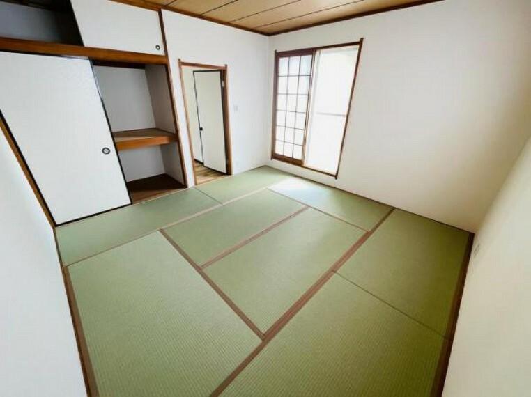 居間・リビング ほっこりできる和室でくつろぐひととき!