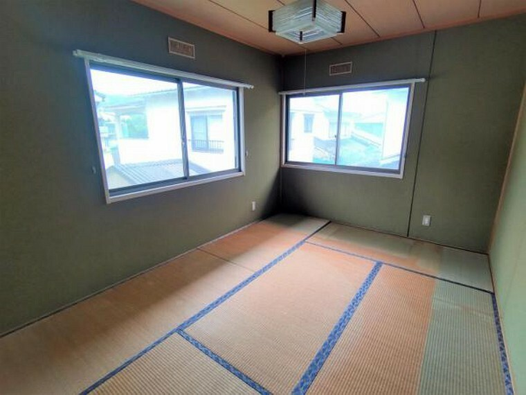 【リフォーム前写真】2階6帖和室のお写真です。