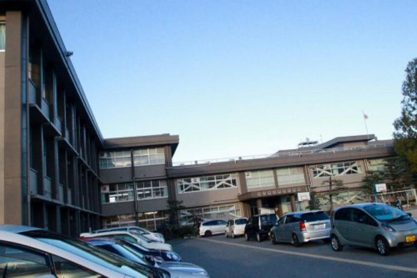 小学校 【小学校】守山市立河西小学校まで1187m