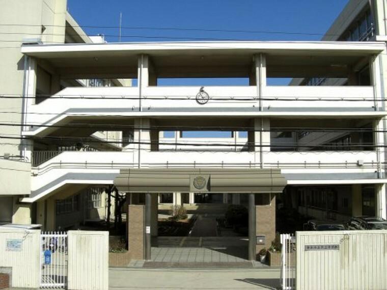 中学校 【中学校】茨木市立天王中学校まで1053m