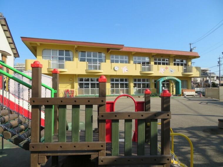 幼稚園・保育園 本荘保育園まで徒歩約3分。(約230m)