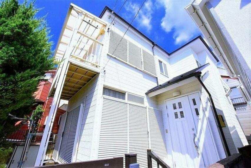 外観写真 陽当たり良好です~開放感たっぷりですね~暮らしやすい2階建て~全居室が6.0帖ございます~平成29年に外壁・屋根を塗装済みです