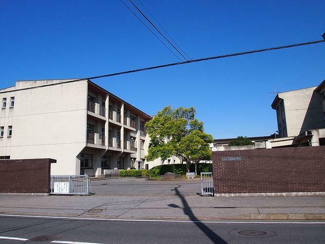 中学校 君津市立周西南中学校 徒歩4分。