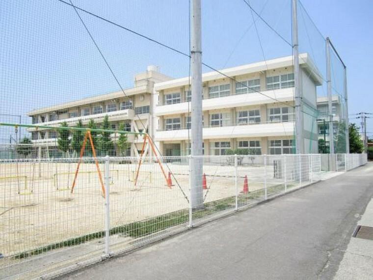 小学校 丸亀市立城南小学校 まで1100m、徒歩14分です。