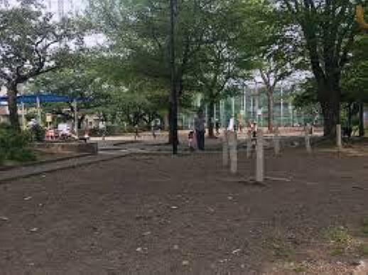 公園 【公園】杉並区立和泉二丁目公園まで210m