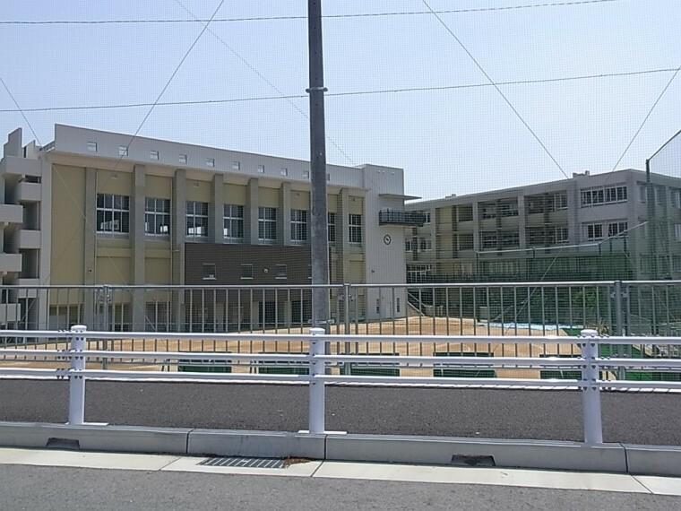 小学校 【小学校】祇園小学校まで1100m