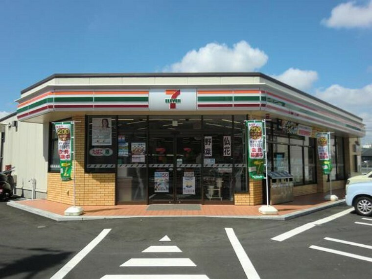 コンビニ セブンイレブン横浜西谷町店