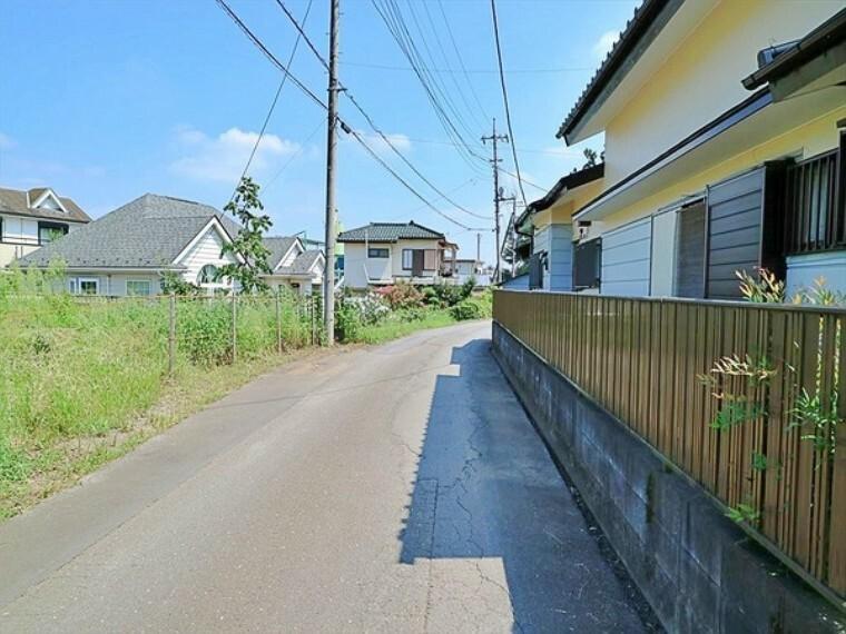 現況写真 車通りの少ない道路です。