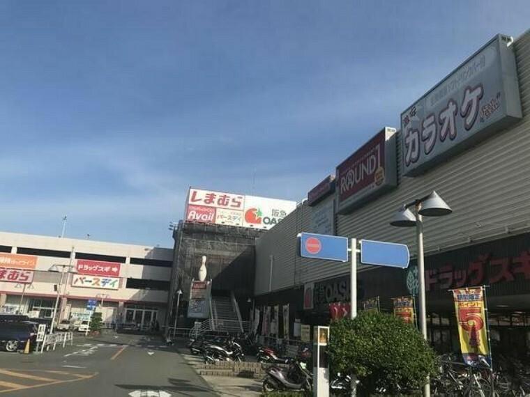 ショッピングセンター ジャガータウン
