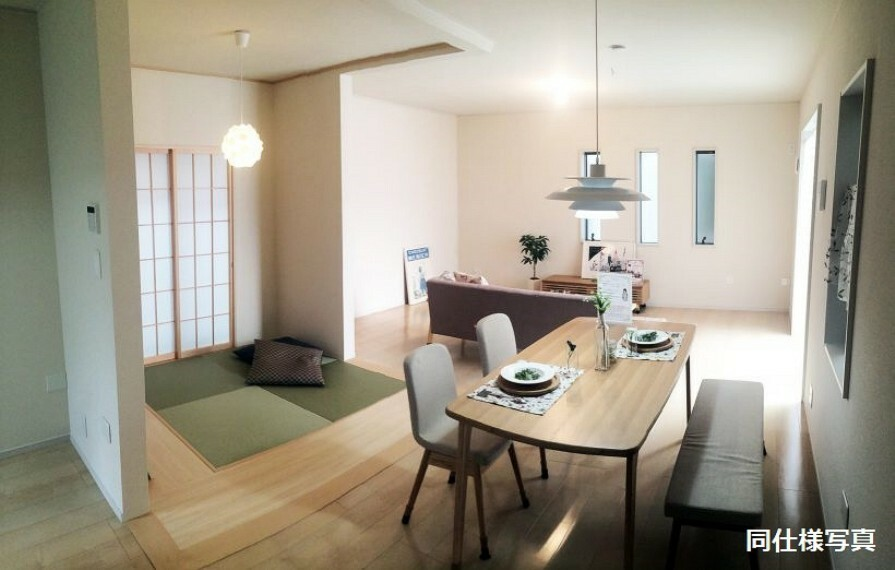 居間・リビング モデルルームのリビング