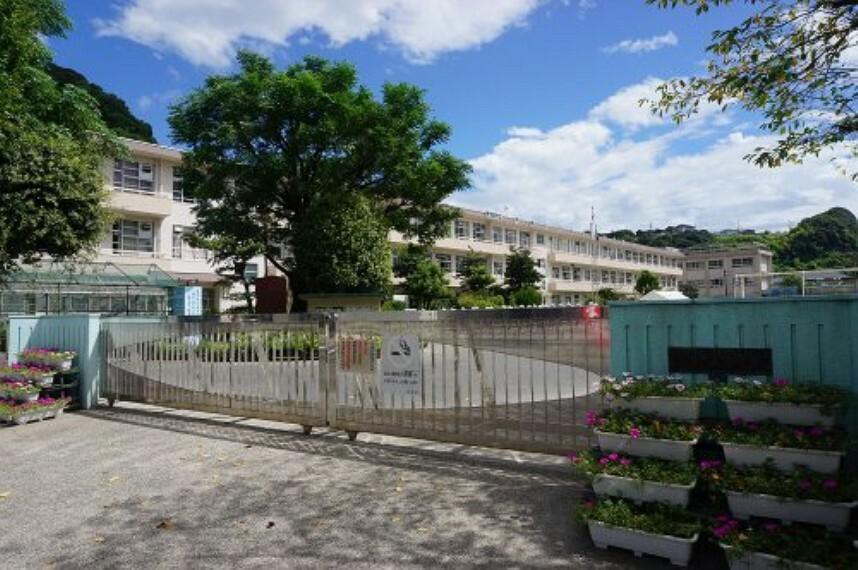 小学校 【小学校】伊敷小学校まで830m