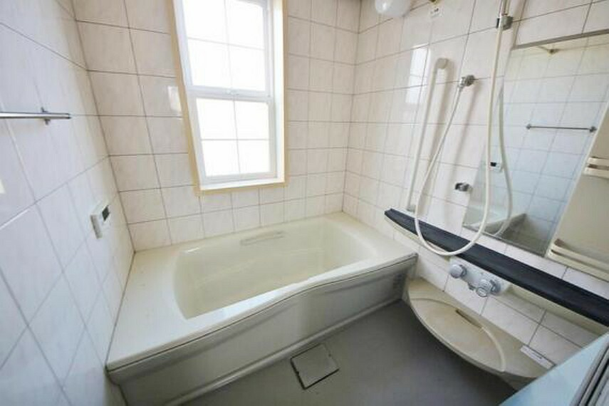 浴室 快適・清潔な空間で心も体もオフになる時間を楽しむことが可能です。
