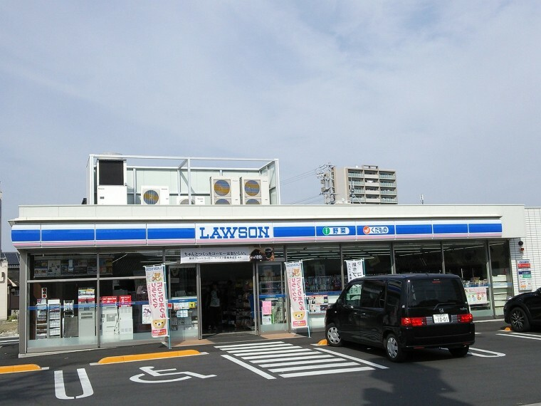 コンビニ ローソン半田更生町店