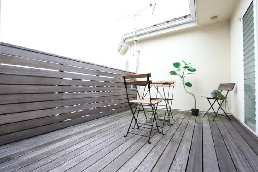 バルコニー 【balcony】眺望の良いバルコニー、日採ストレスを発散出来そうな開放的なバルコニー空間もおすすめです!