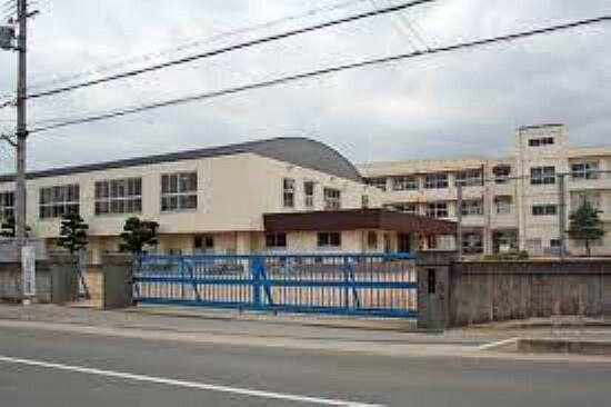 小学校 【小学校】姫路市立香呂小学校まで2012m