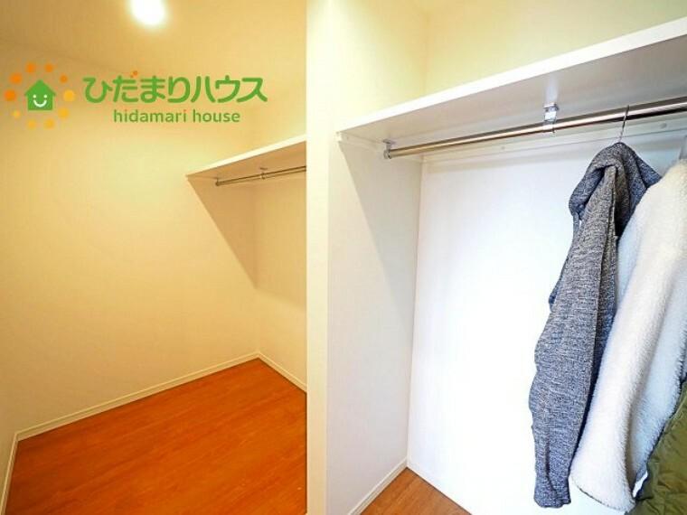 収納 女性に人気のウォークインクローゼット付き! コートやジャケットはもちろん、季節物や布団なども全部収納できちゃいます(^^)/