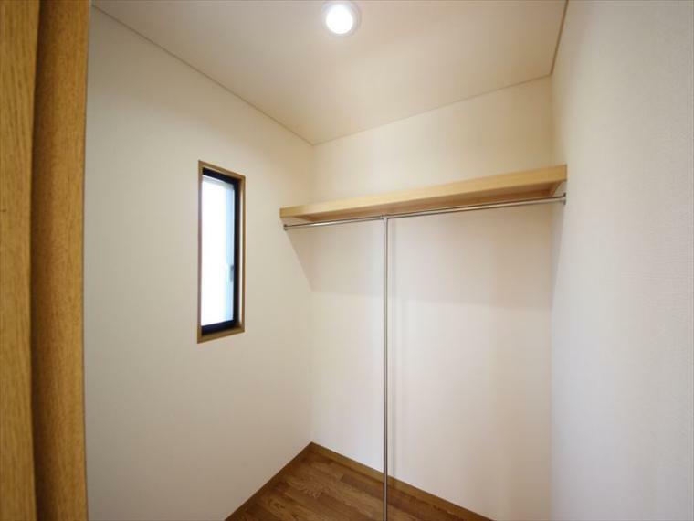 収納 2階 洋室内