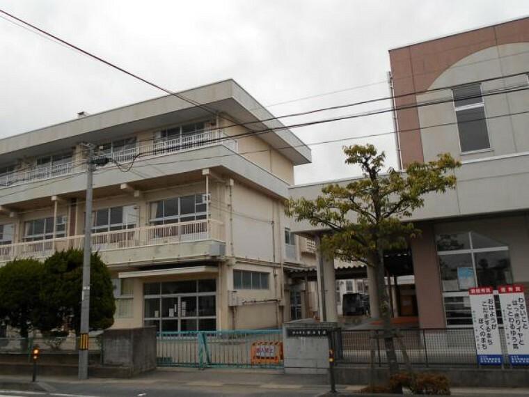小学校 桜小学校 徒歩約19分(1547m)