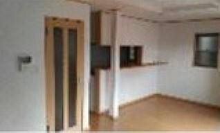 居間・リビング ご家族様との会話も弾む対面式カウンター型システムキッチン