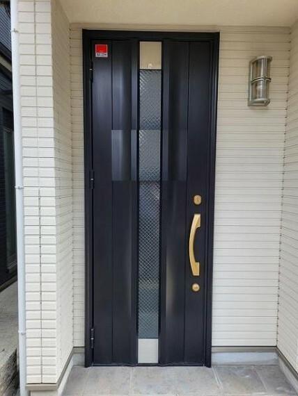 玄関 スッキリと使える玄関廻りは来客時も気持ちのいいものです