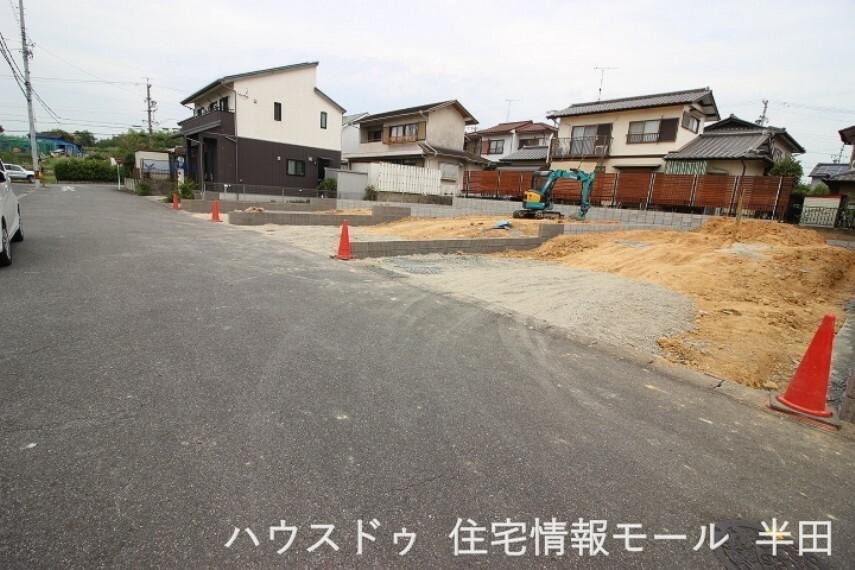 外観・現況 ファミリーマート半田南大矢知店まで徒歩6分(約450m)  2021年9月1日撮影