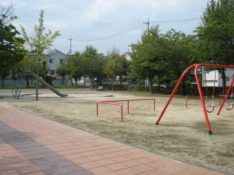 公園 新池公園
