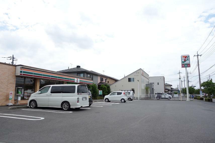 コンビニ セブンイレブン足利山川町店