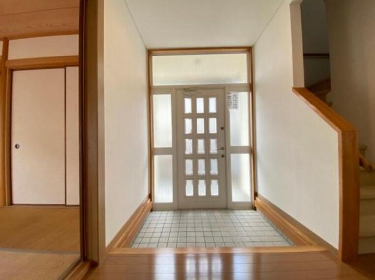 玄関 広々とした玄関です!