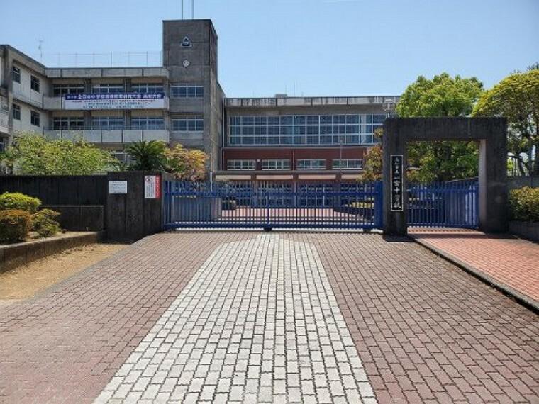 中学校 【中学校】一宮中学校まで615m