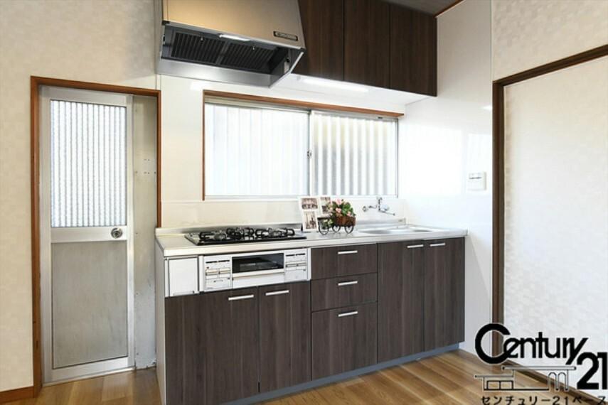 キッチン ■現地撮影写真■新調されたシステムキッチン!