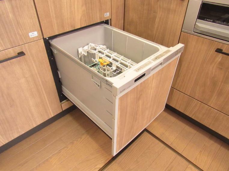 キッチン 食後の洗い物が楽々、食器洗浄乾燥機付き!