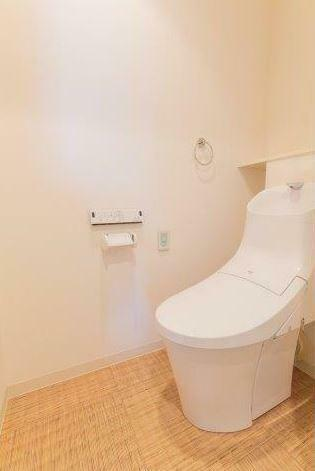 トイレ (撮影日:2020年/02/15) 快適な温水洗浄便座。