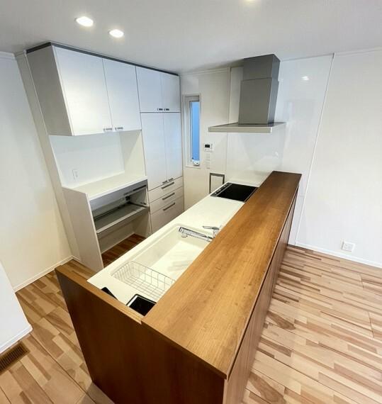 キッチン B区画内観写真(2021年9月撮影) お料理や片付けを助ける工夫が満載です!