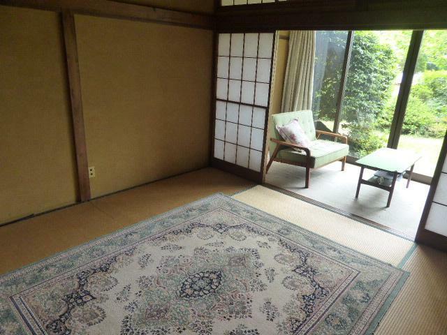 和室 8帖の和室は広縁付きで、快適なくつろぎ空間に